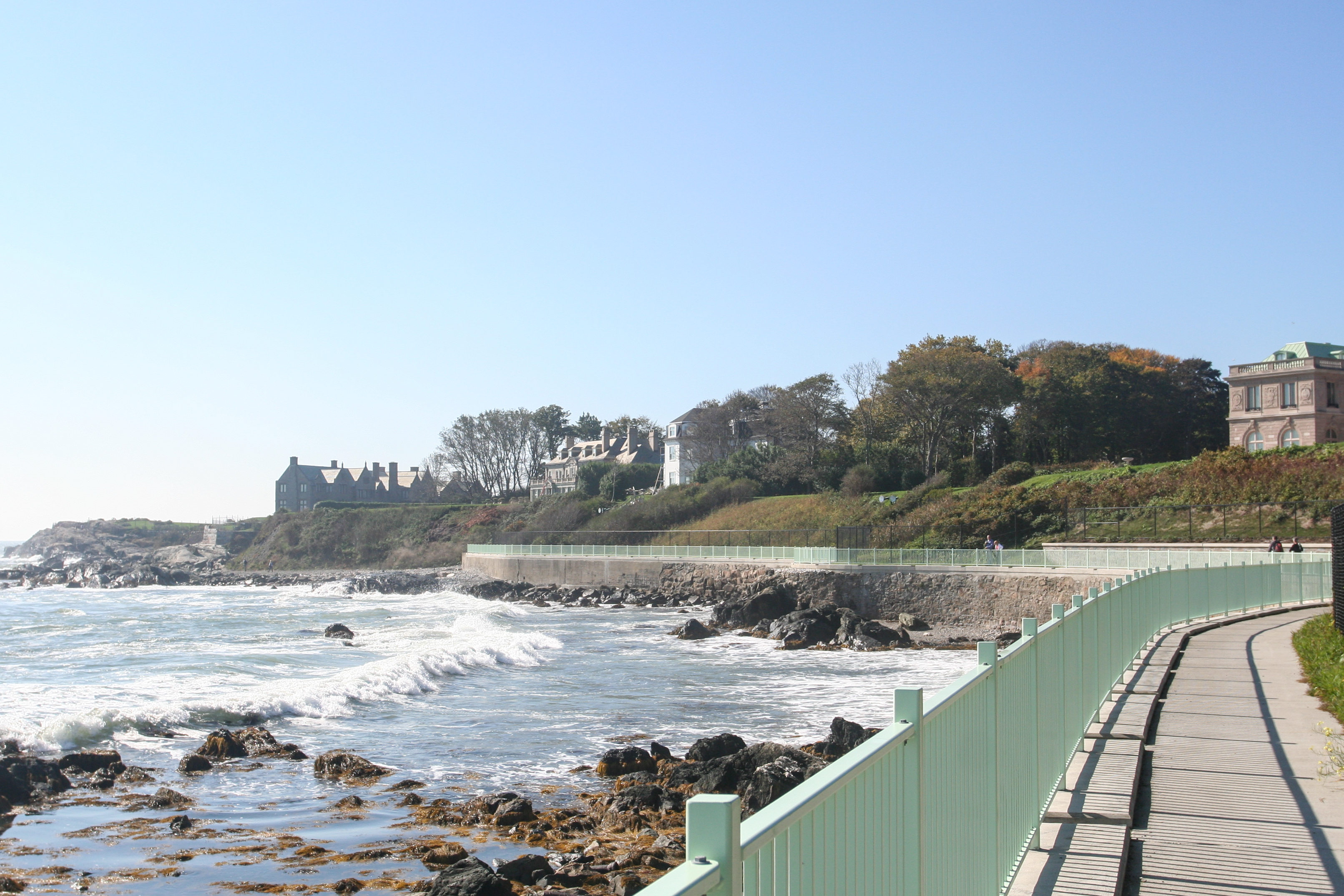 cliff walk_credit Discover Newport-7628.jpg
