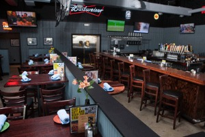 Scotty's Brewhouse has a popular menu and serves local craft beers.