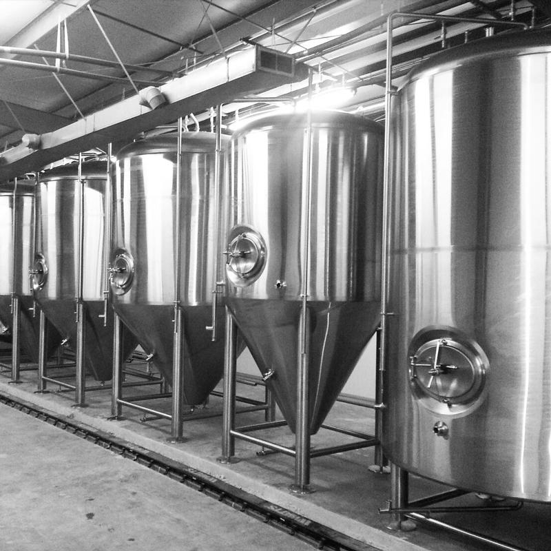 Three Pints Brewpub in Plainfield, Indiana