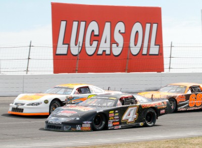 Oval Track excitement returns at Lucas Oil Raceway in Brownsburg, Indiana