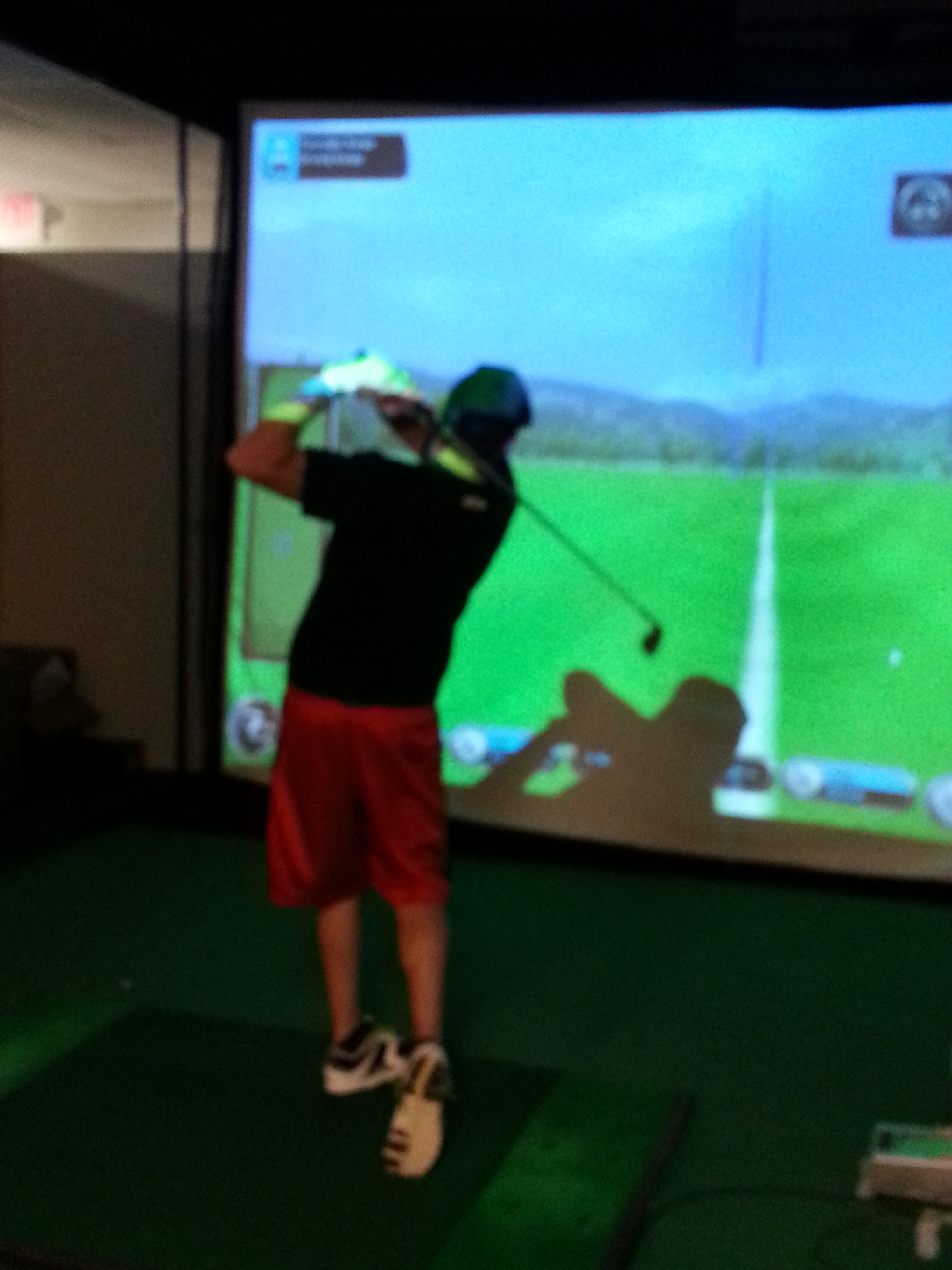 Golf simulator at Golf Etc Avon, Indiana