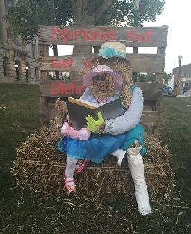 Danville, Indiana, Scarecrow Display, Scarecrow Festival, fall