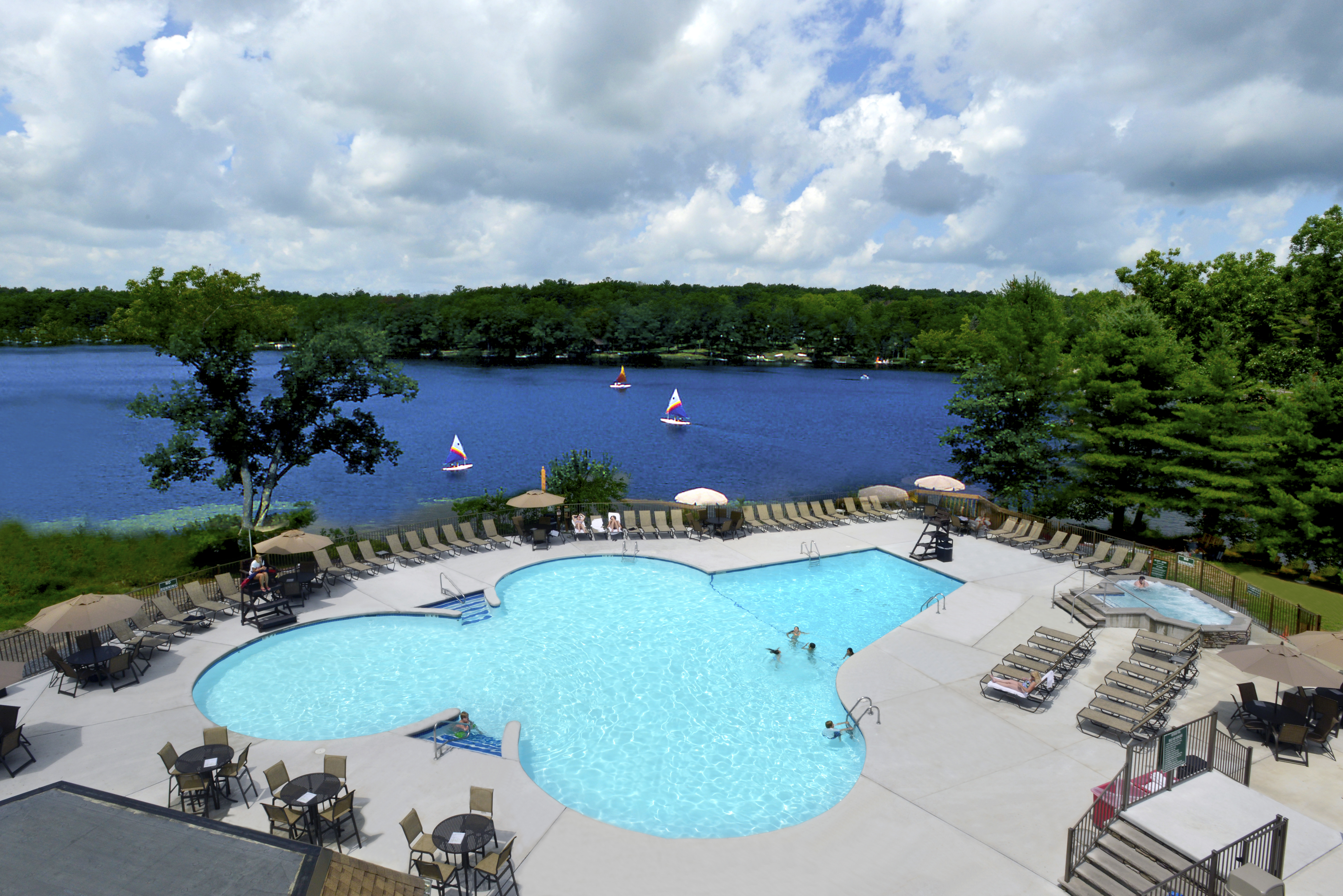 Pocono mountains summer deals activity hotel packages