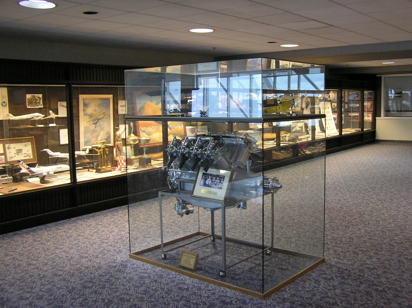 Fort Wayne International Airport - Aviation Museum