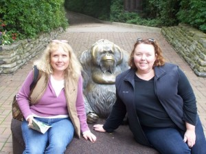 The classic Children's Zoo pic with the orangutan statue