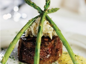Filet-Mignon-Oscar-Styleweb