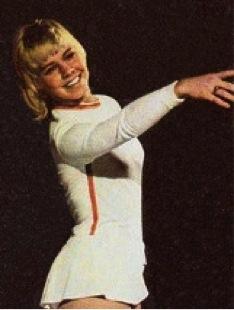 famous females - janet lynn