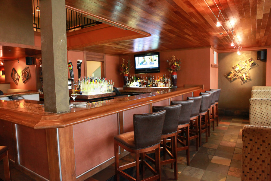 A full service bar will offer a perfect compliment to your wonderful dinner.