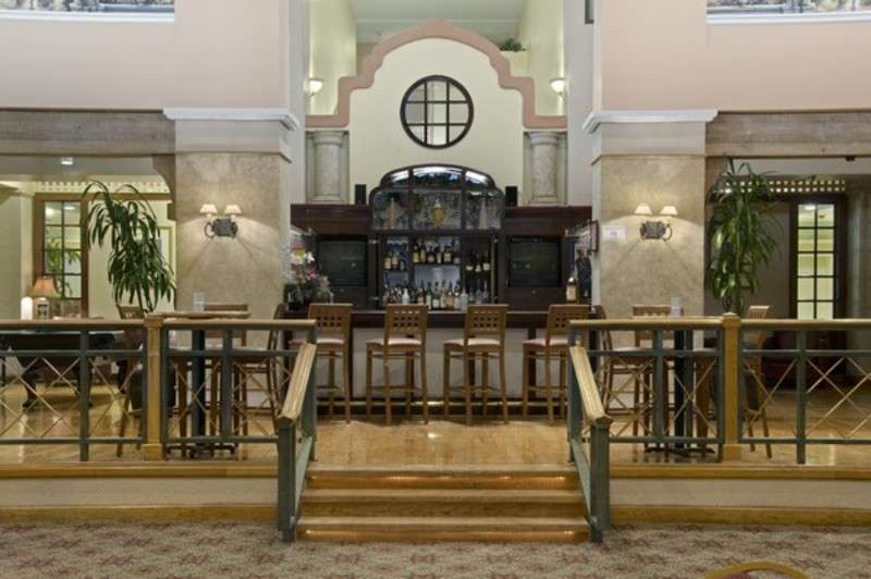 Hilton Houston Southwest Hotel