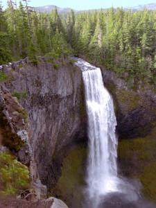 Salt Creek Falls by Guenther Fuernsteiner