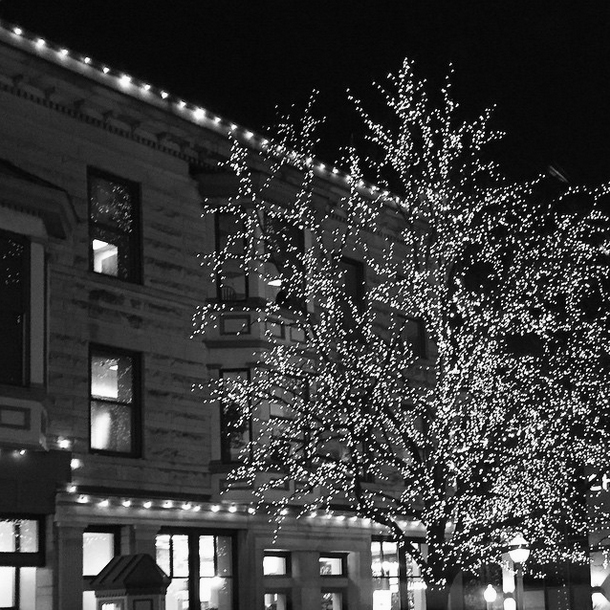 Holiday lights on the Courthouse square