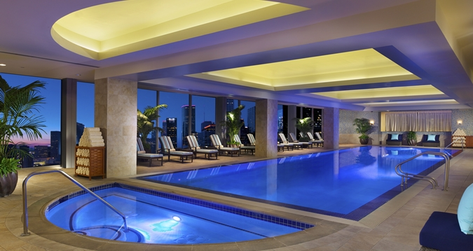 Cool hotel pools in houston resorts hotels in houston for Top spa resorts in texas
