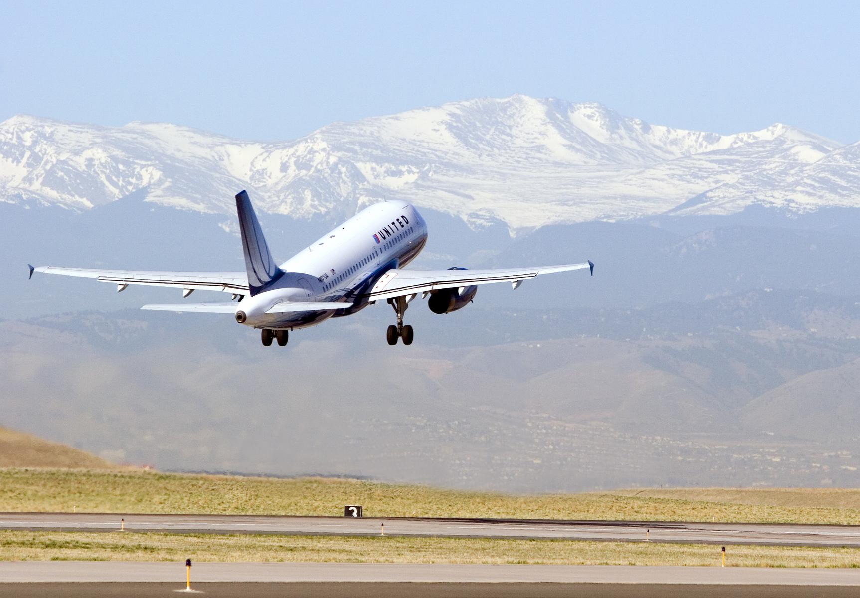 Denver Airport Information & Transportation | VISIT DENVER