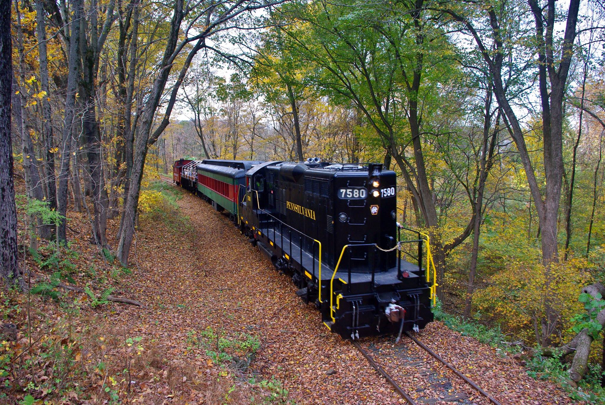 Treat Dad to a Father's Day Train Ride