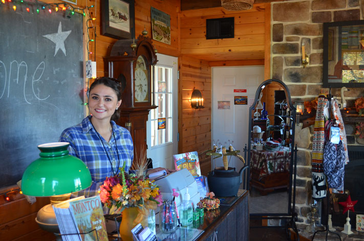 Northern Star Farm welcomes visitors to Fall Fest Weekends throughout October.