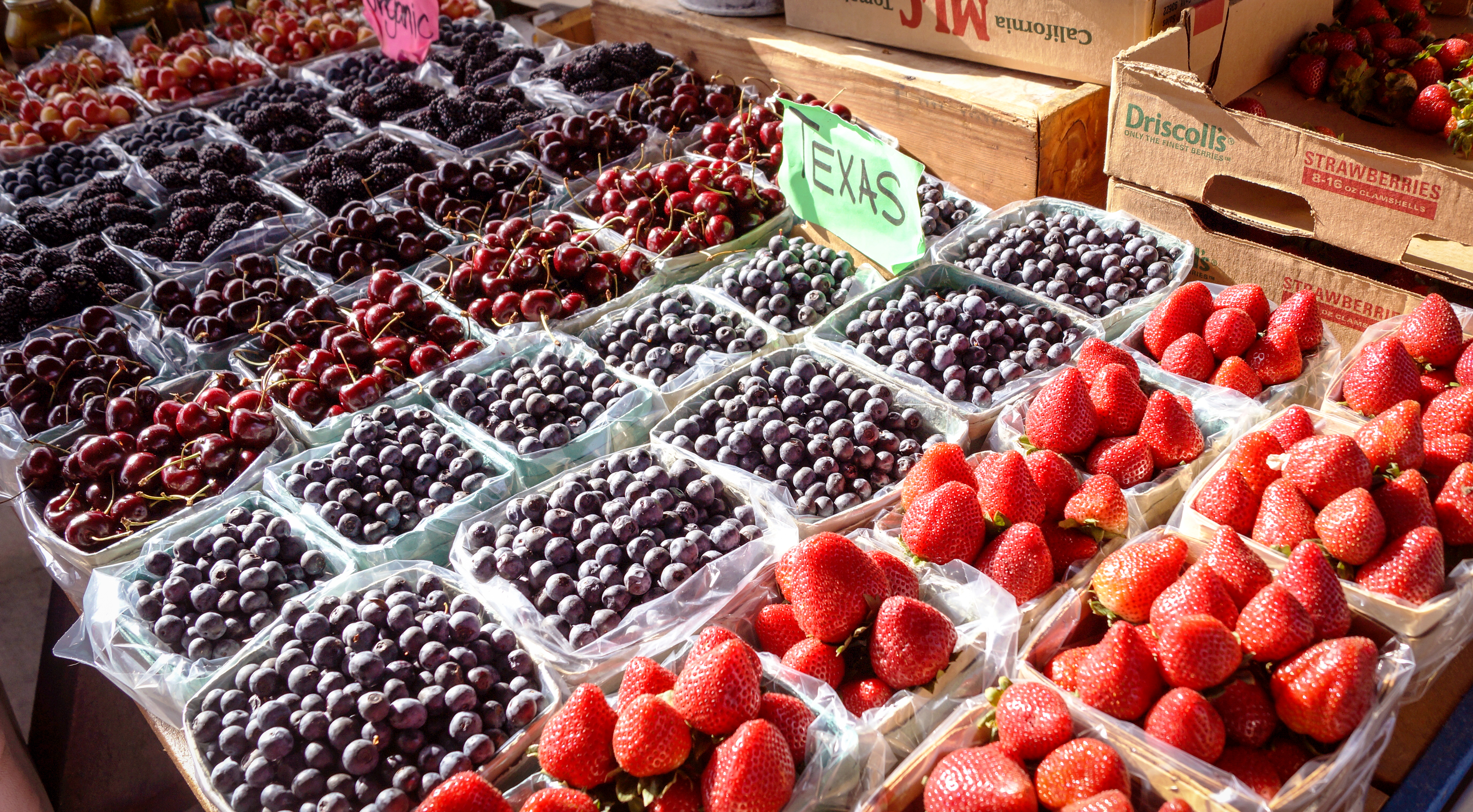 Get Your Fill of Fresh Fruits at Grapevine Farmers Market