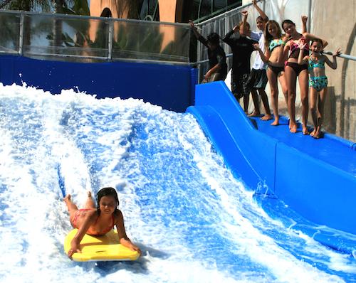 Flowrider surfing small
