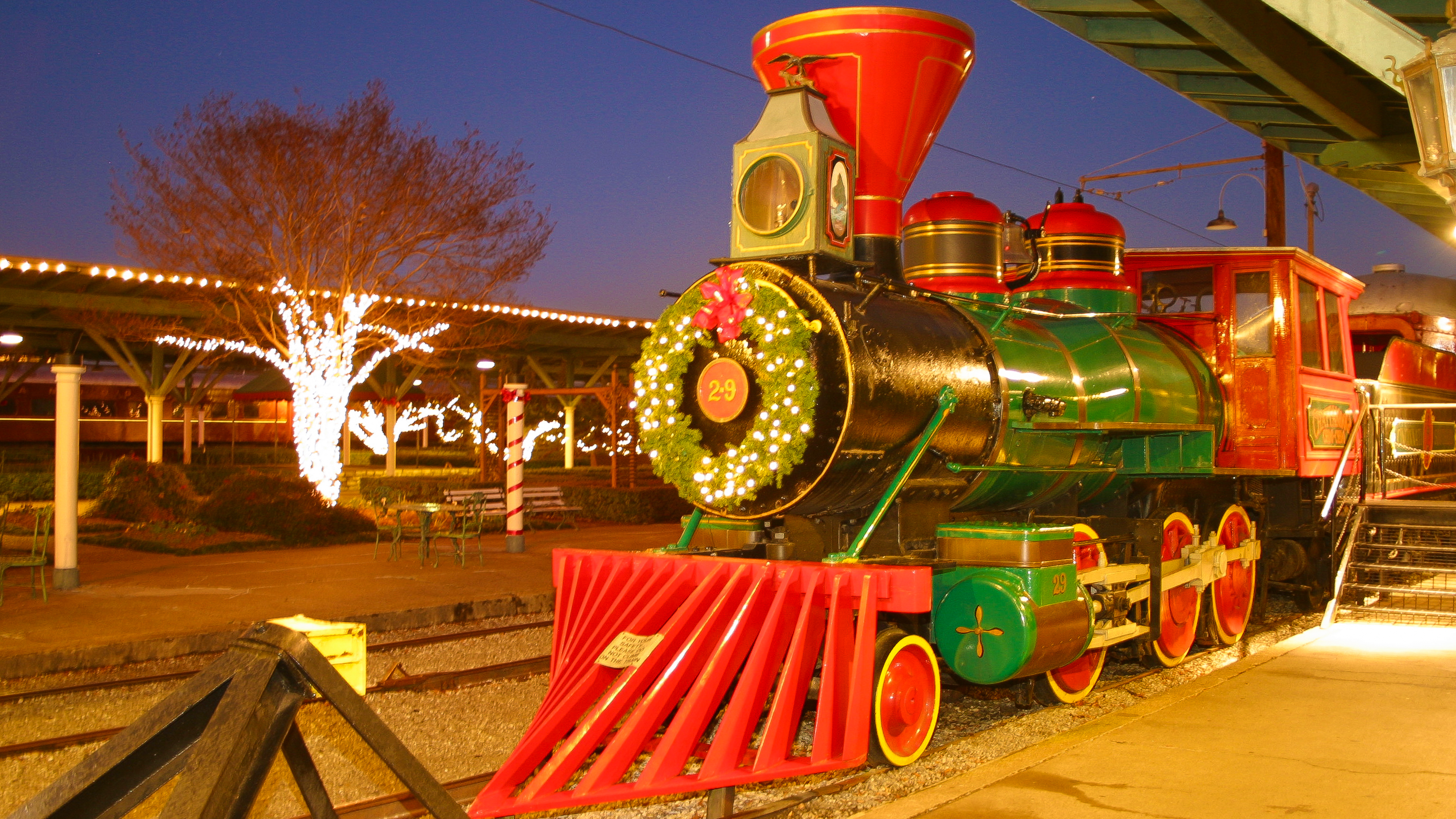 holiday accommodation attraction packages - Choo Choo Christmas