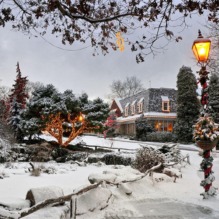 Peddler's Village in the snow