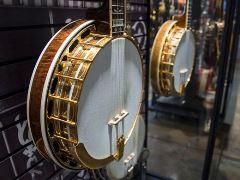 banjos