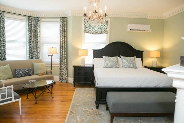 Frederick_Inn_Bedroom.jpg