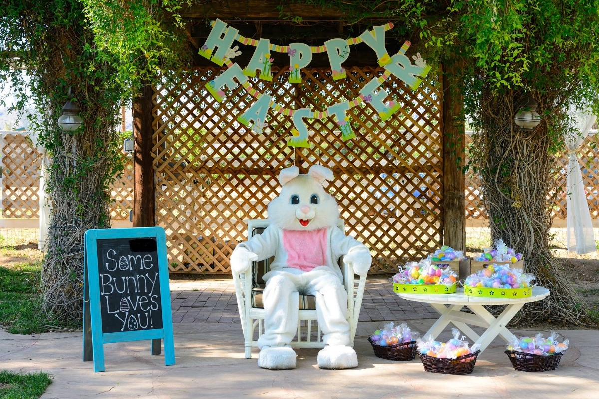 Easter Bunny at the Farm at South Mountain