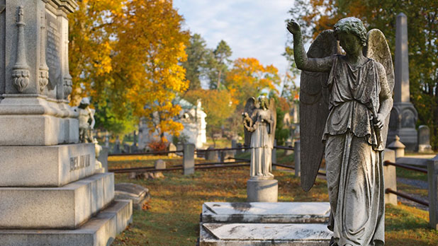 Sleepy Hollow Cemetery - Photo by Jim Logan - Courtesy of Sleepy Hollow Cemetery