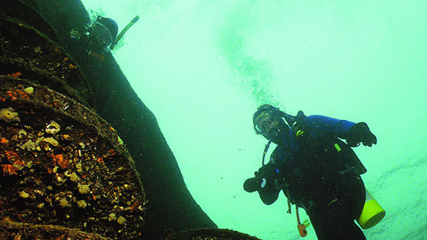 Scuba Diving St Lawrence Seaway - Photo by NYS ESD