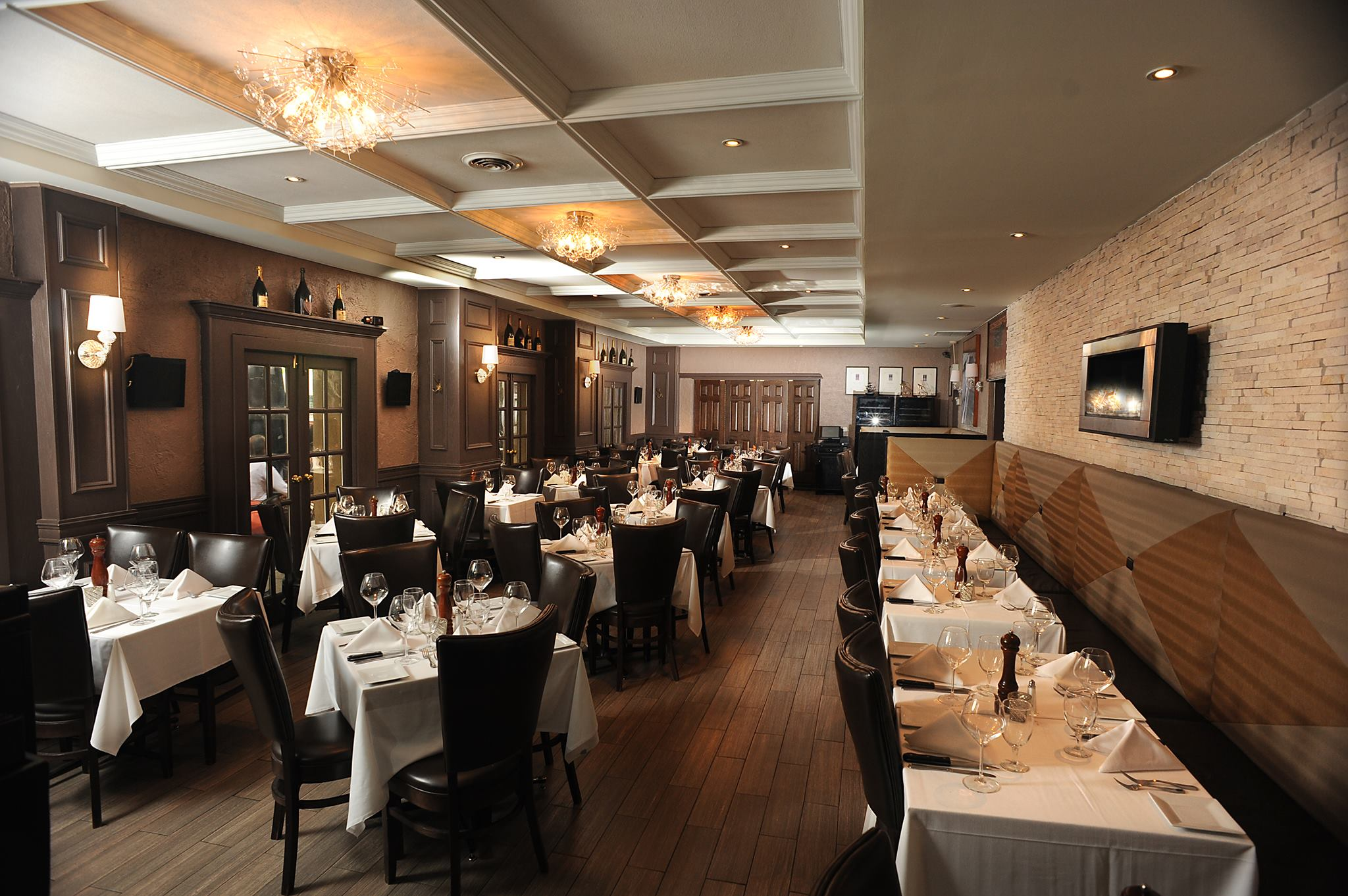 Affordable Steakhouses From To Five Stars With Chicago Interior Designers