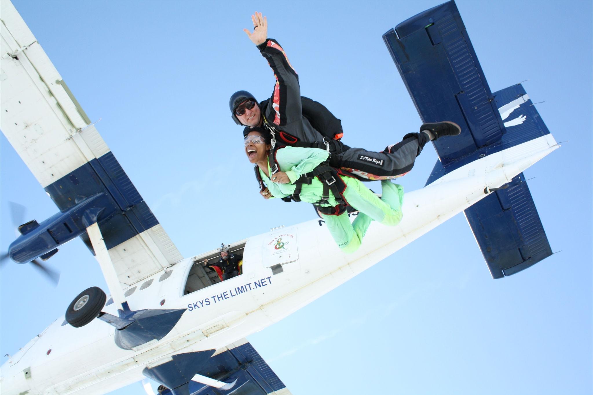 Skydiving the Pocono Mountains