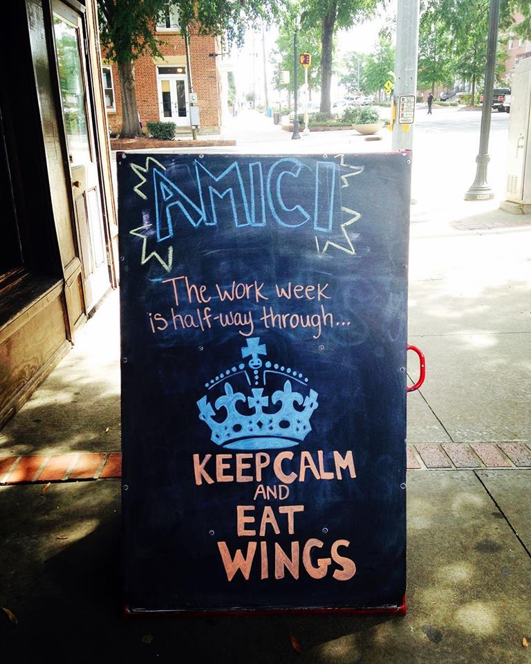 Amici Wings downtown