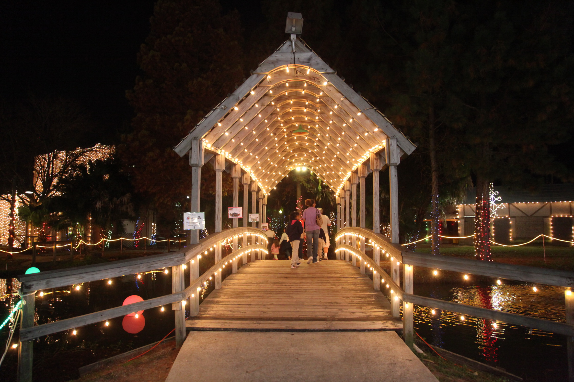 Christmas in Lafreniere Park | Visit Jefferson Parish