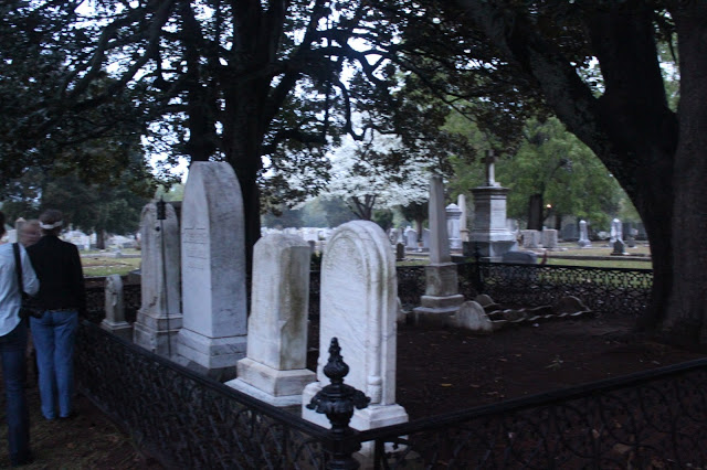 Historic Columbia Foundation's Moonlight Cemetery and Secrets from the Grave Tours