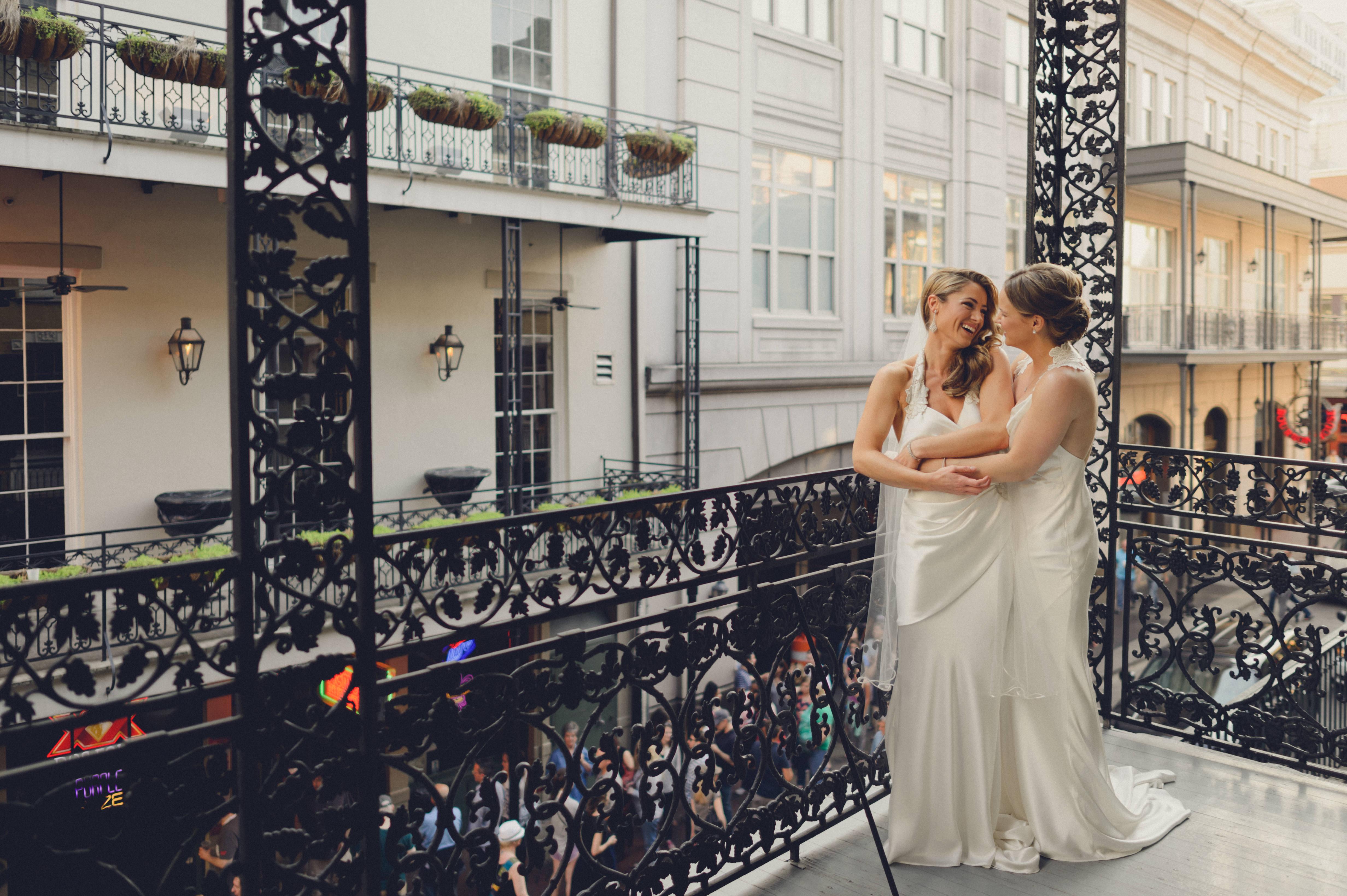 Free lesbian friendly wedding brochures — photo 6