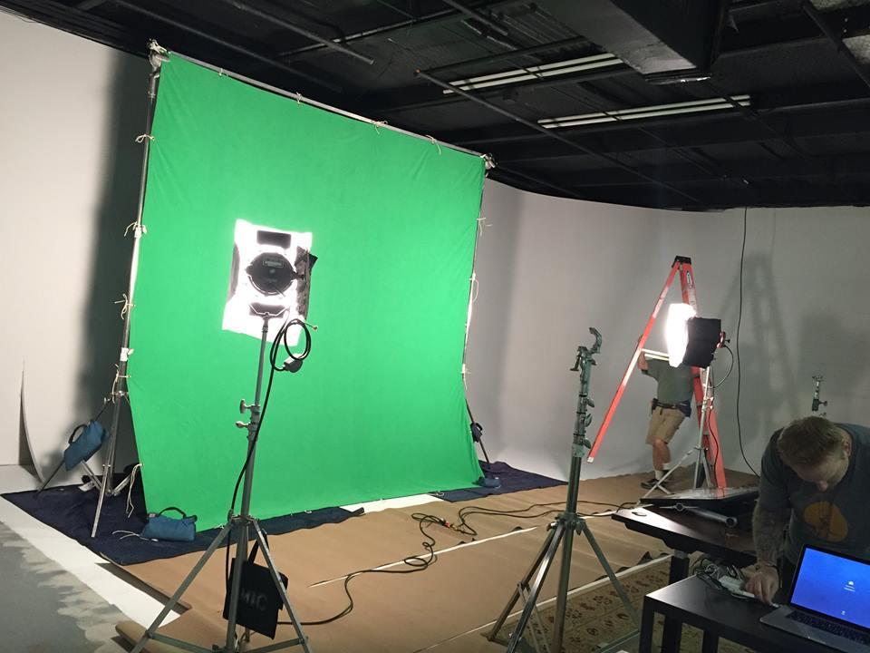 Vivian Studio