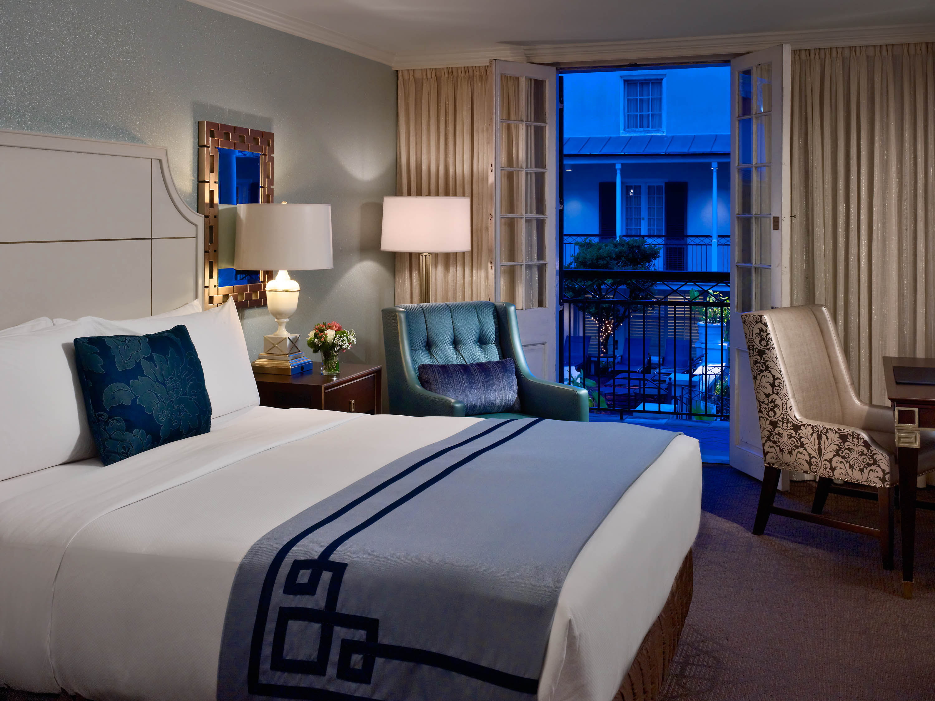 rooms hor and hotel room suite marriott double accommodations new jw french orleans msyjw hotels guest clsc quarter