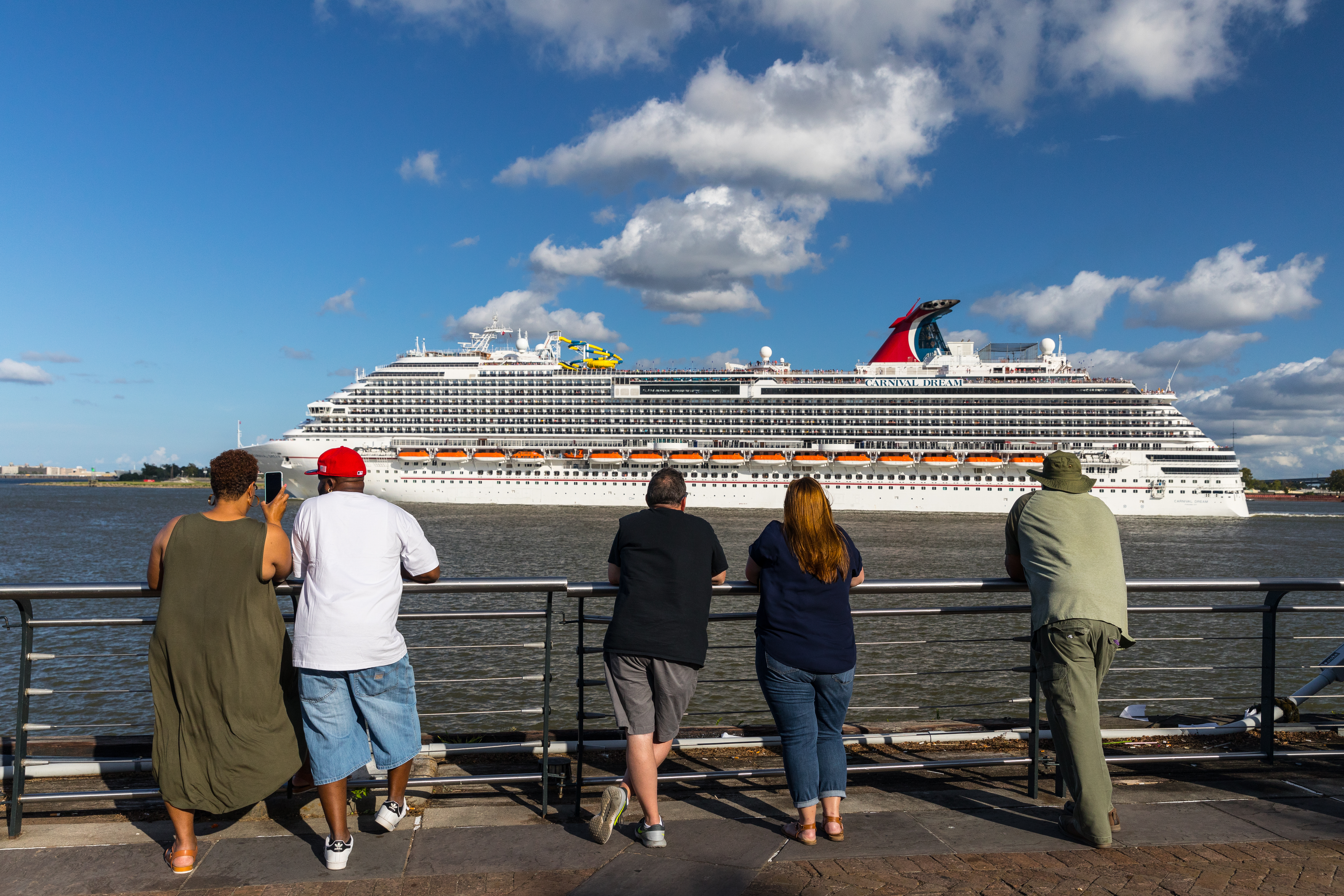 Cruises From New Orleans >> Take A Cruise Out Of New Orleans