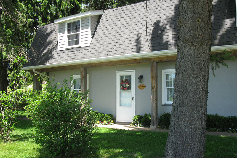 Applewood Country Cottage