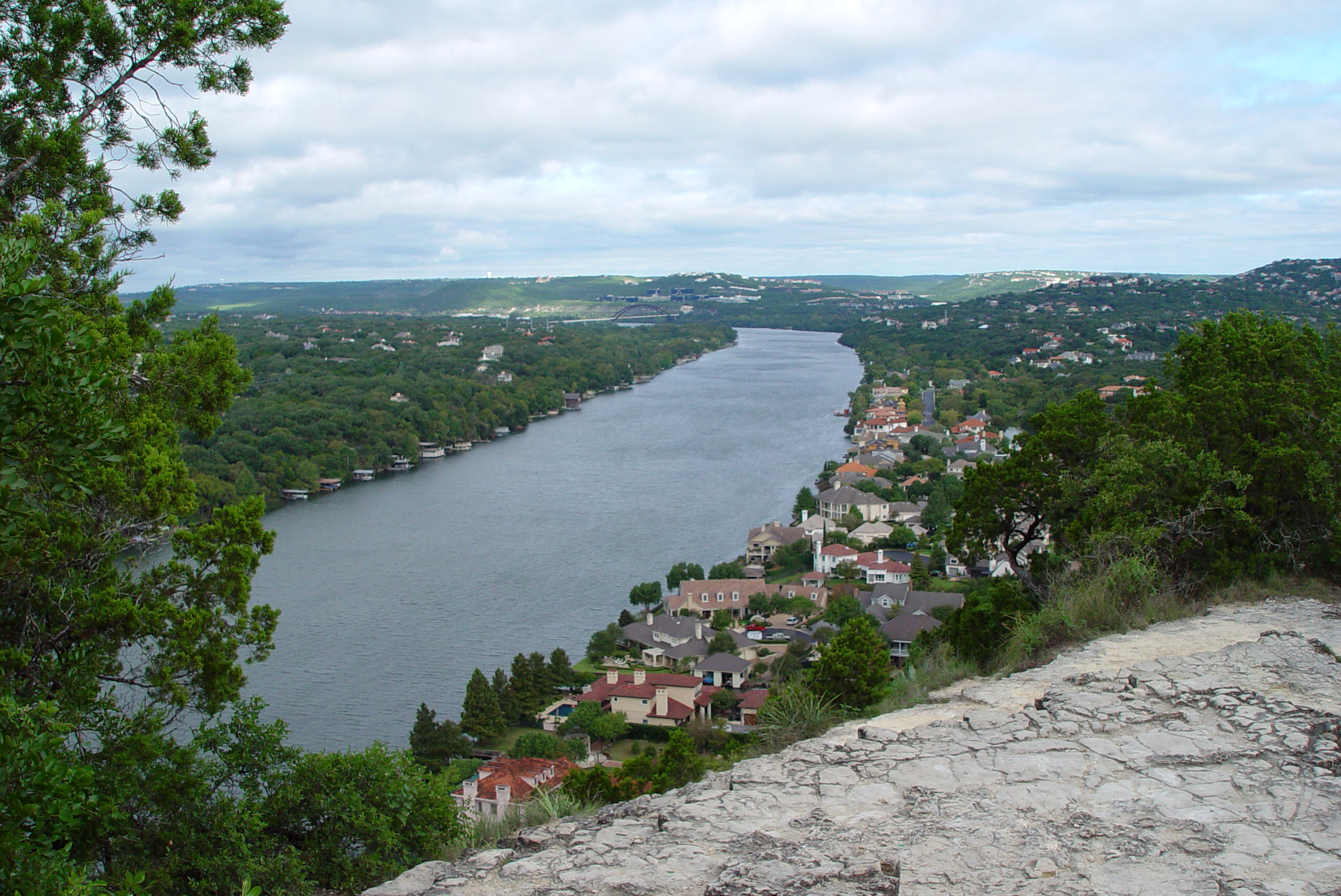 Mount Bonnell in Austin, TX | Tips, Hours & Accessibility Info.