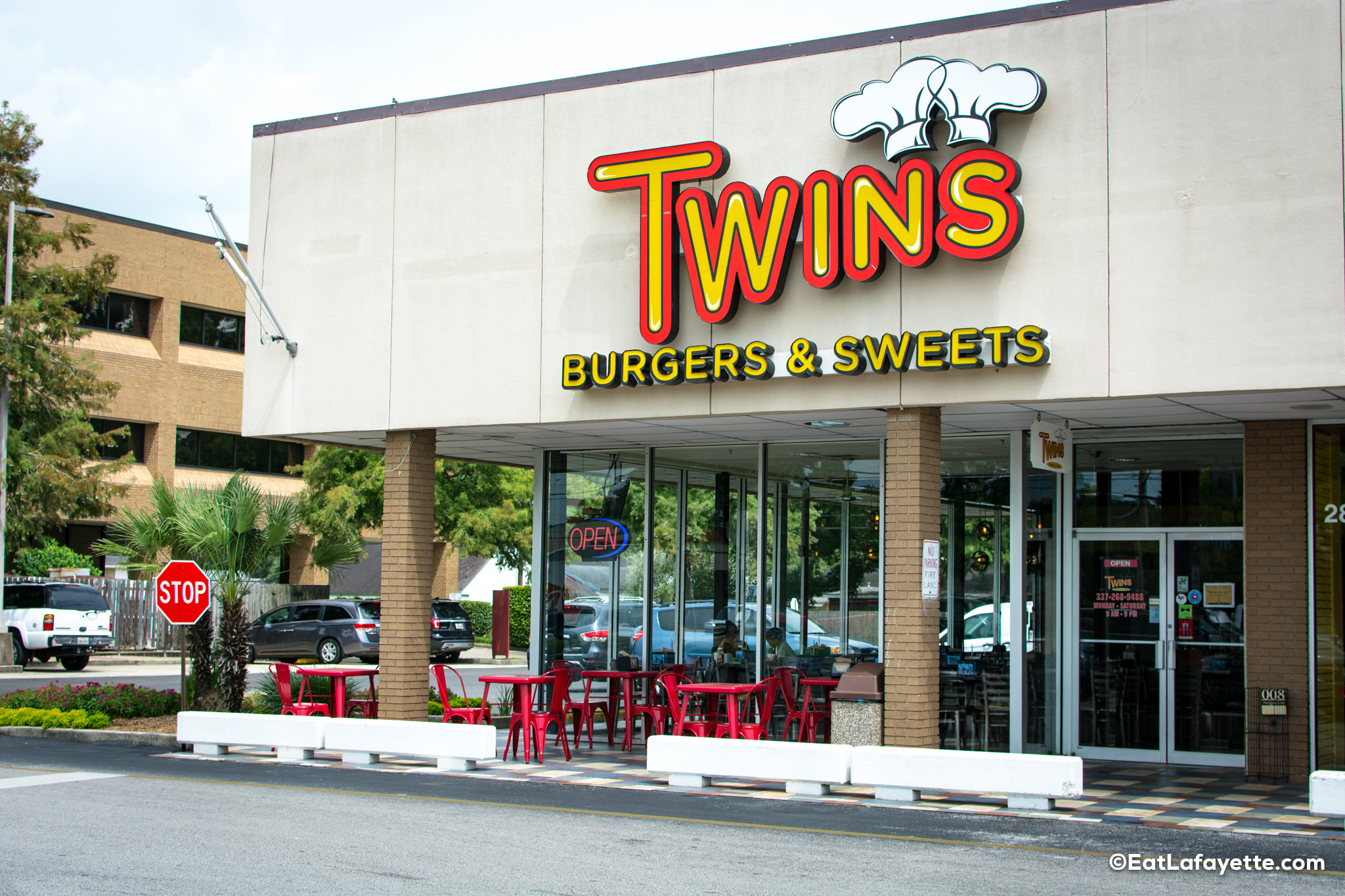 Twin's Exterior