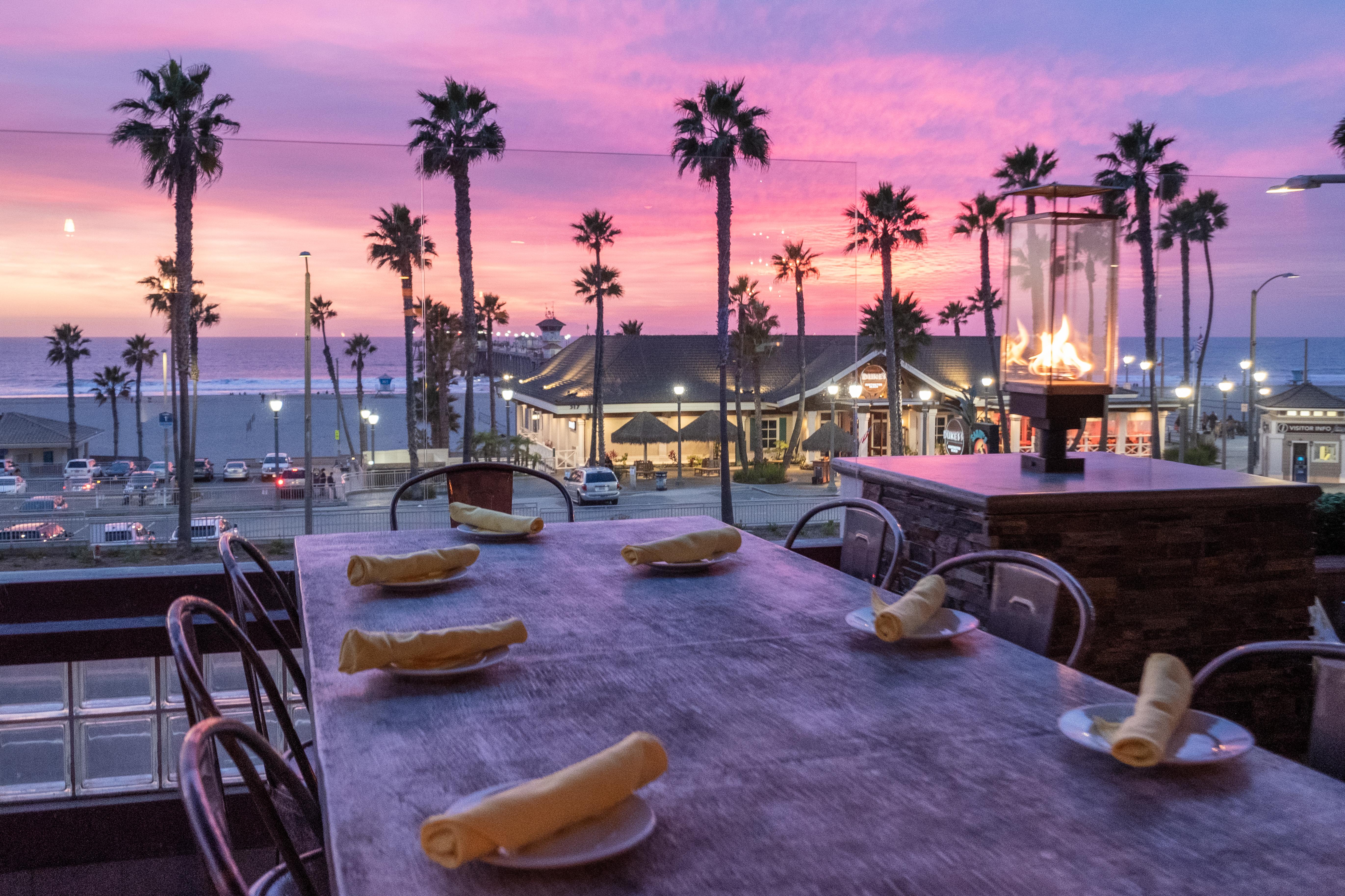 Outdoor Seating Restaurants In Huntington Beach