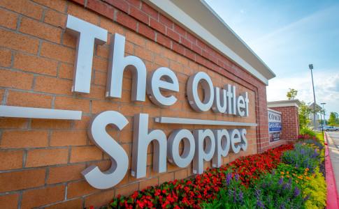 Atlanta-The-Outlet-Shoppes-At-Atlanta-Sign