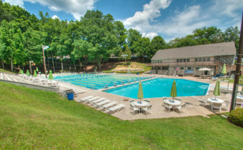 chastain-park-swimming-pool-carson-matthews-550x367