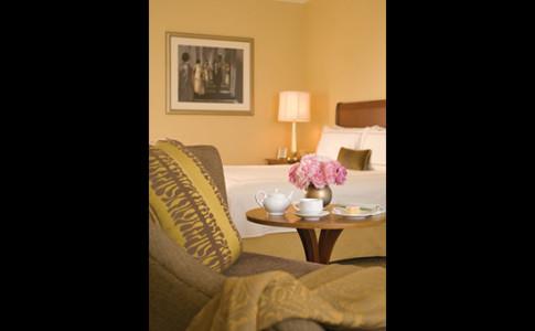 Deluxe-Room-550x367.jpg