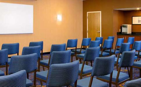 atlmn meeting room2.jpg