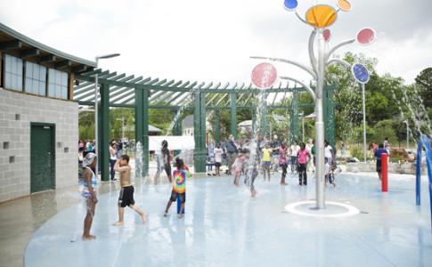 D.H Stanton Park splashpad_550x367.jpg