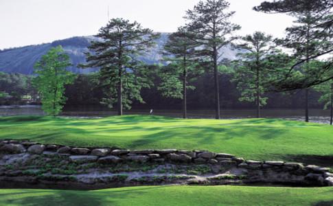 Golf 550x367.jpg