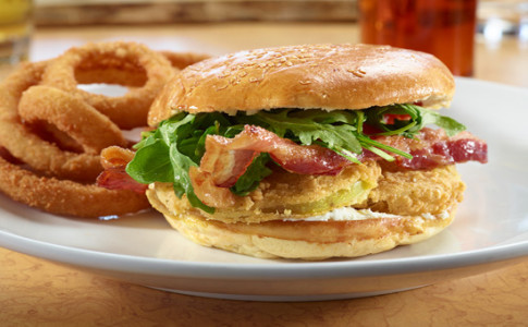 FriedGreenTomatoSandwich550x367.jpg