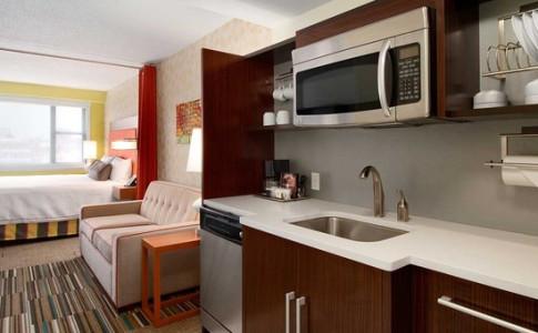 studio kitchen acvb.jpg