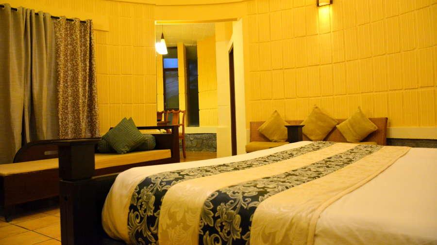 Kadkani Riverside Resorts, Coorg Coorg Den Room Kadkani Riverside Resort Coorg 3